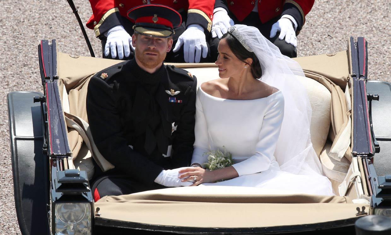 Ni te imaginas el problemilla que tuvo el príncipe Harry con el uniforme de su boda