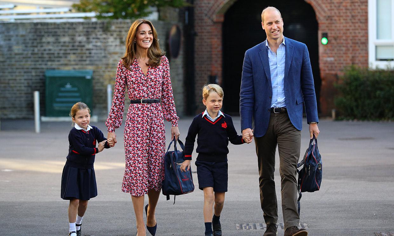 Así ha sido la vuelta a la rutina (con susto incluido) de los duques de Cambridge tras regresar a Londres