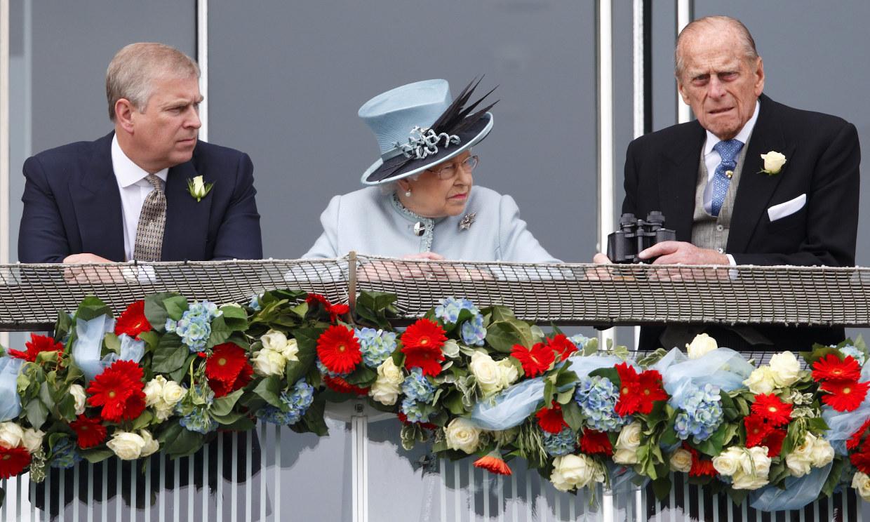 El cortafuegos de Isabel II: el príncipe Andrés ha sido relegado de las celebraciones del centenario de su padre