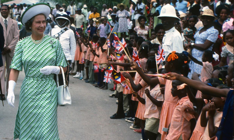Barbados destituirá a Isabel II como jefa del Estado