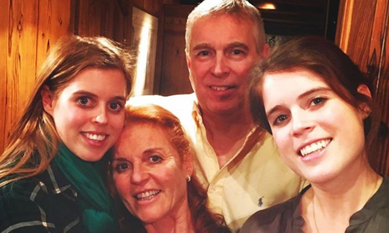 Así han recibido Sarah Ferguson y Andrés de Inglaterra al embarazo de su hija