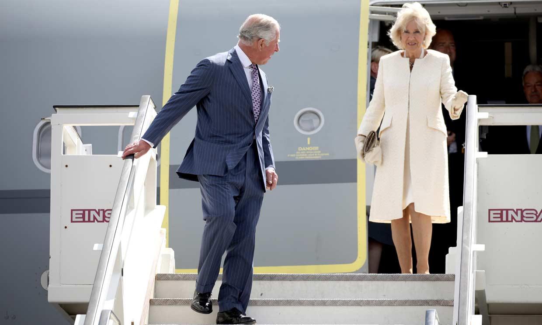 Lejos de casa, con su esposa y con un acto institucional: así será el cumpleaños de Carlos de Inglaterra
