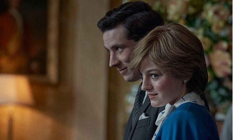 Isabel II, 'molesta y decepcionada' por la imagen que se muestra de ella en 'The Crown'