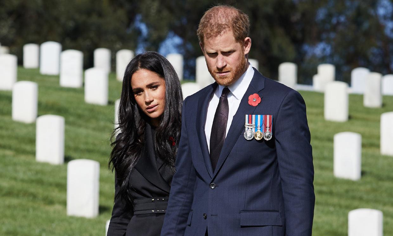 Nuevo golpe para el príncipe Harry: dice adiós a una de sus madrinas