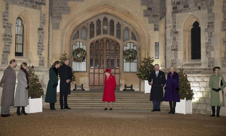 La sonrisa de Isabel II al volver a reunir a su familia en Windsor por primera vez en meses