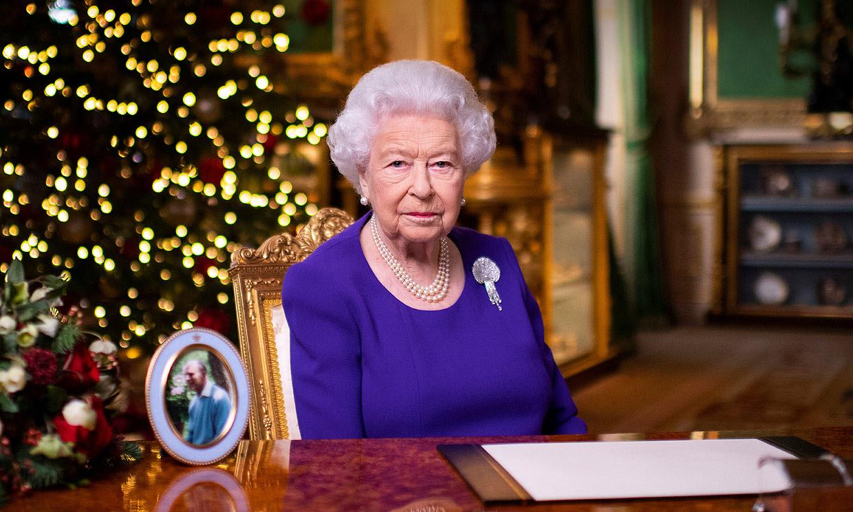 Sin la misa en familia y desde Windsor: en su Navidad más atípica, Isabel II manda un mensaje a quienes están solos