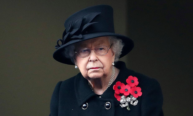 Isabel II recurre al servicio de inteligencia británico para un importante cambio en su equipo