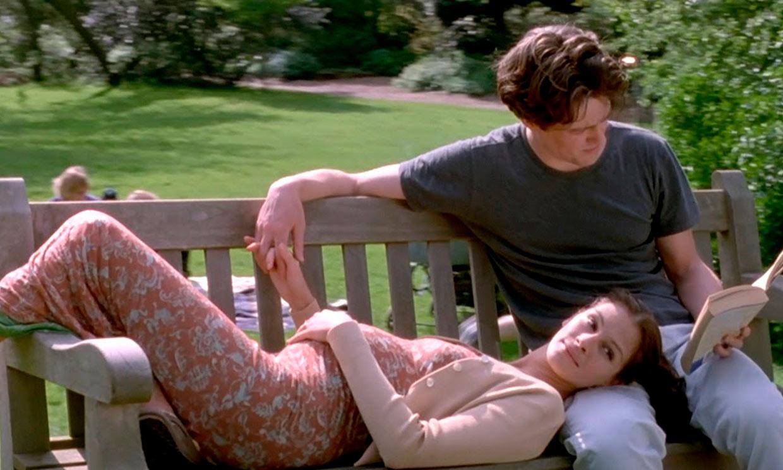 ¿Harry y Meghan o Hugh Grant y Julia Roberts? La escena de 'Notting Hill' idéntica a su anuncio de embarazo