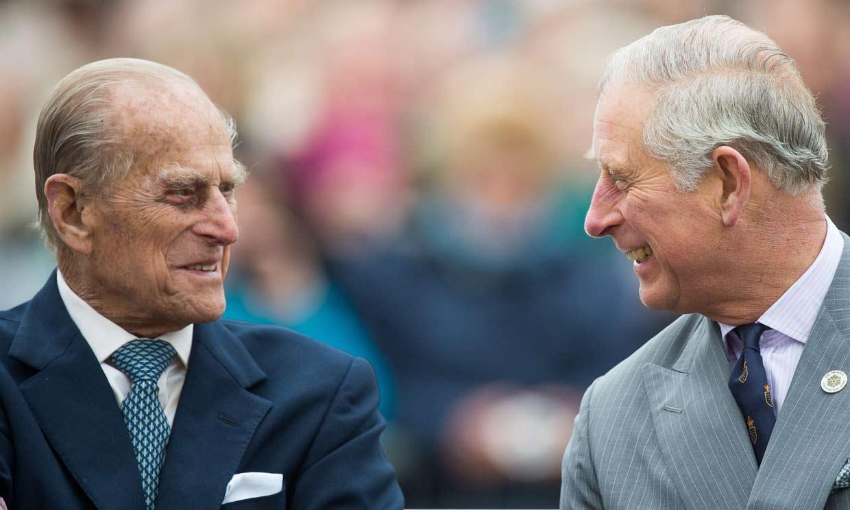 El motivo de la visita del príncipe Carlos al duque de Edimburgo en el hospital
