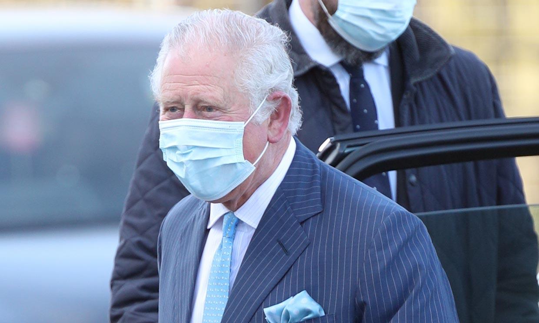 La reacción del príncipe Carlos a las preguntas sobre las declaraciones de Harry y Meghan