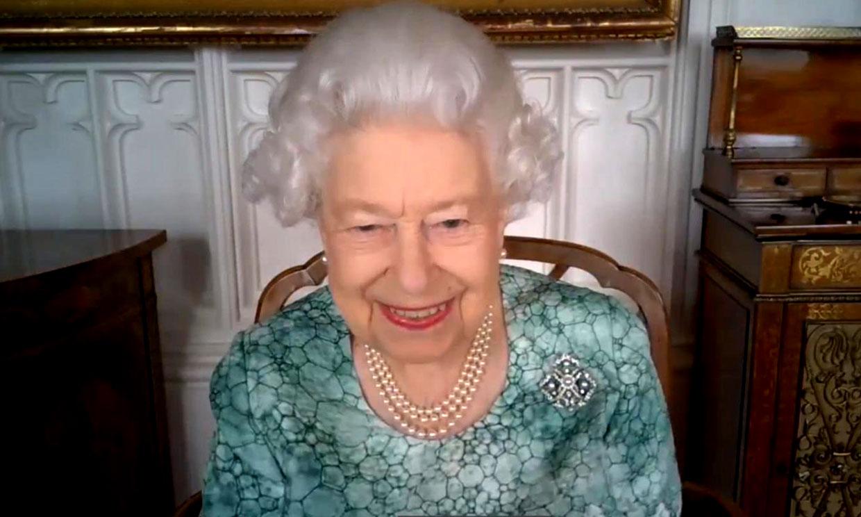 La reina Isabel II, en su primer acto tras la explosiva entrevista de Meghan y Harry