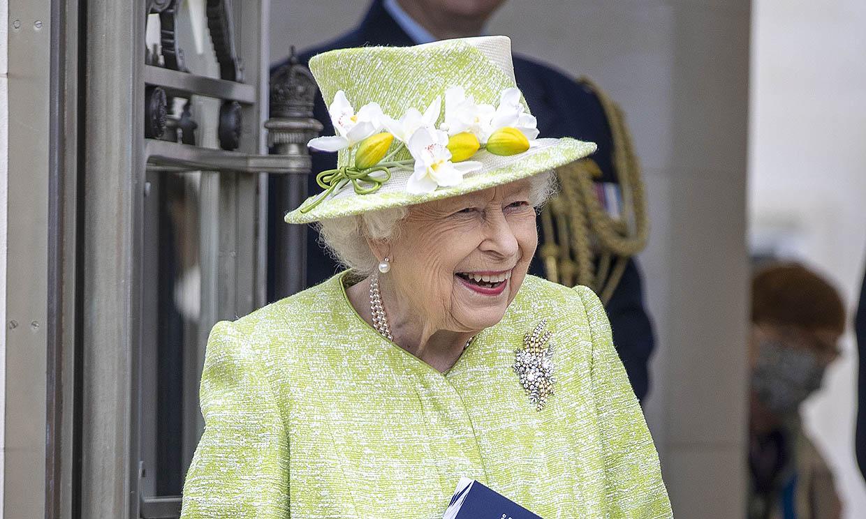 Isabel II pasa un día 'muy agradable' al acudir a su primer acto público del año