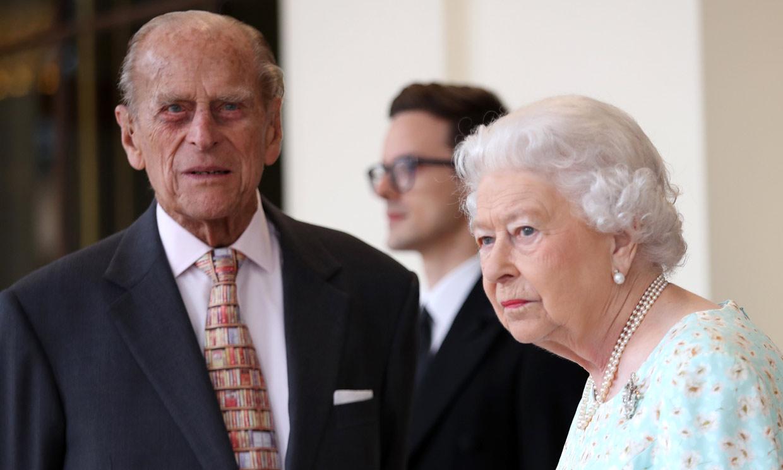 Isabel II siente un 'enorme vacío' tras la muerte de su marido