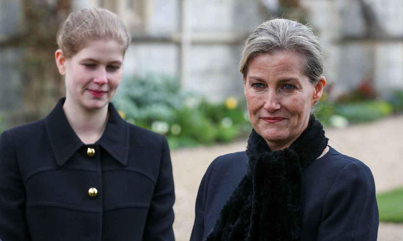 La condesa de Wessex revela que el duque de Edimburgo murió 'en paz' y de una forma 'muy dulce'
