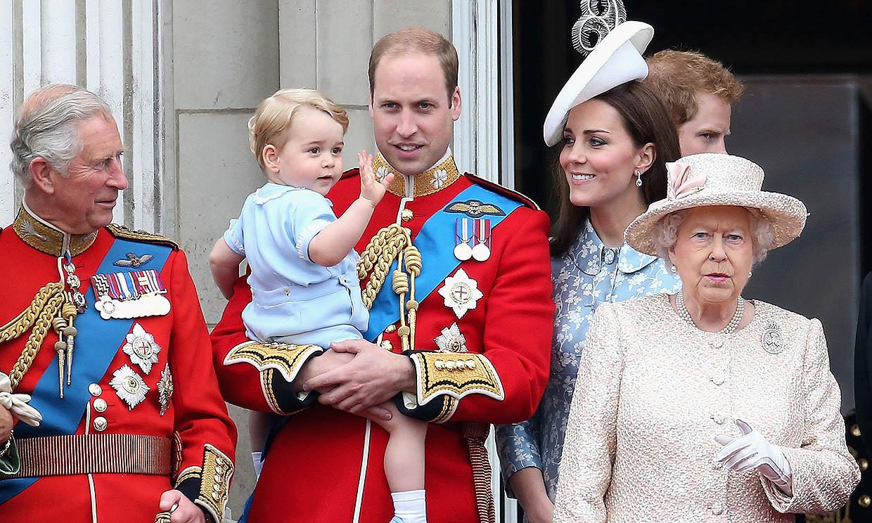 ¿Vestirá de uniforme el príncipe Harry? ¿Se sentará sola Isabel II? Estas son las incógnitas entorno al funeral