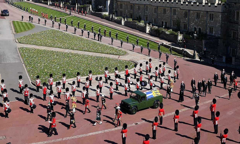 Las imágenes que resumen el último adiós al duque de Edimburgo