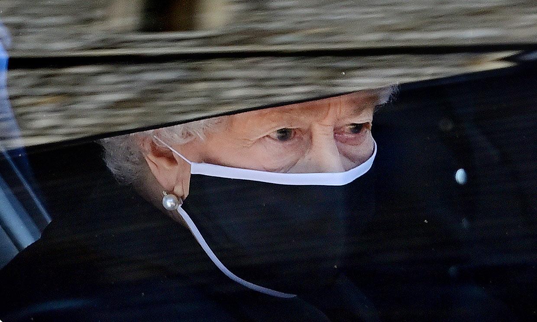 Isabel II cumple 95 años en Windsor y arropada por su círculo más cercano tras la muerte de su esposo