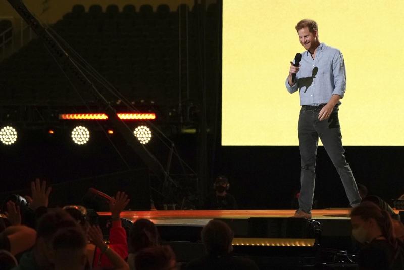 El príncipe Harry en el concierto Vax Live
