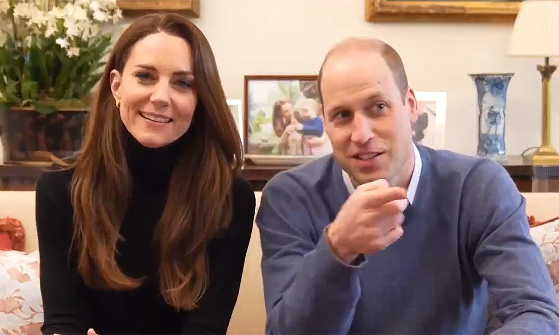 '¡Cuidado, que te graban!' Las bromas del príncipe Guillermo a Kate Middleton en su nueva aventura digital