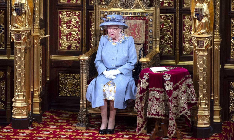 El conmovedor detalle que marcó la primera cita pública de Isabel II en Londres tras la muerte de su marido