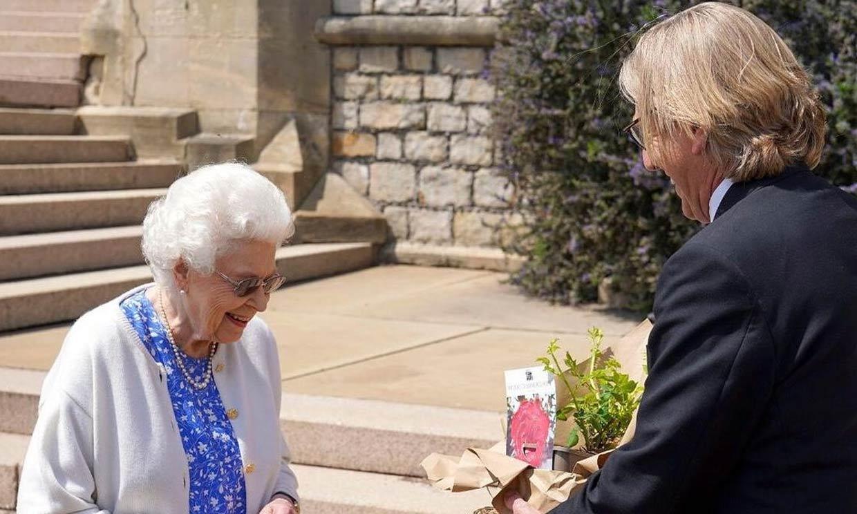El significativo regalo que ha recibido Isabel II el día que Felipe de Edimburgo cumpliría 100 años
