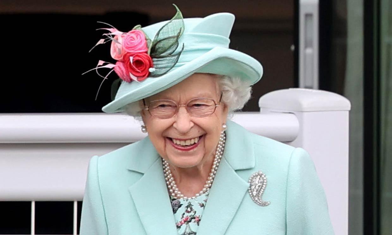 Isabel II recupera la alegría en la última jornada de Royal Ascot, su competición favorita