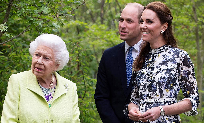 Isabel II ya disfruta de sus vacaciones en Balmoral, ¿se unirán a ella los duques de Cambridge?