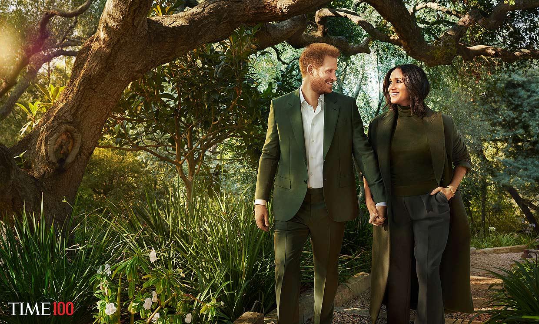 Todas las fotos de Meghan y Harry como estrellas de Hollywood en su primera portada posando
