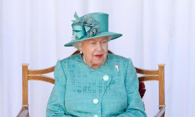 Primeras imágenes de Isabel II en su vuelta al trabajo tras su ingreso hospitalario