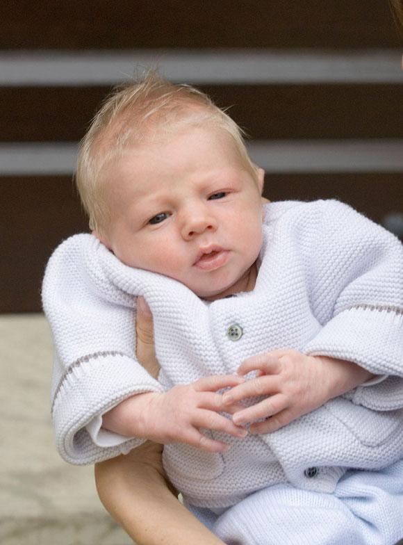 El príncipe Luis de Luxemburgo y Tessy Anthony bautizan a Noah, su segundo hijo