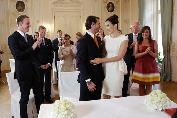 Matrimonio Catolico Y Civil : Félix de luxemburgo y claire lademacher se dan su primer