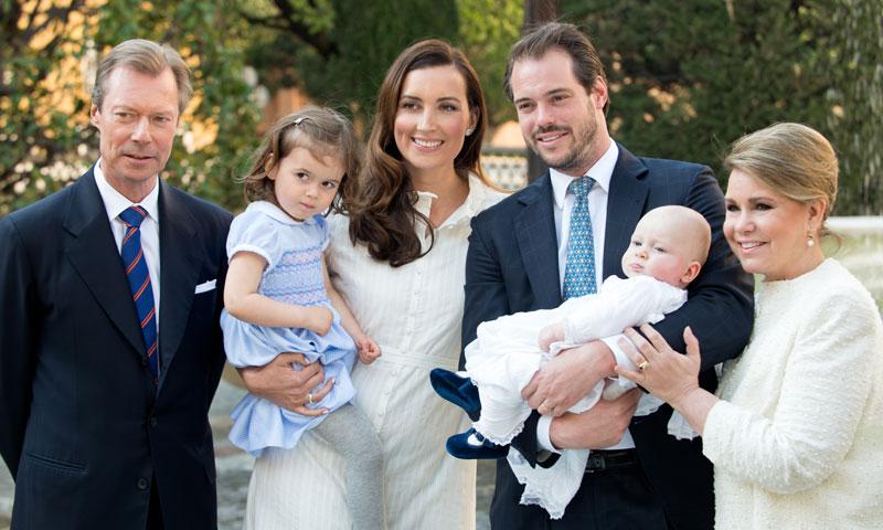 La Familia Gran Ducal de Luxemburgo celebra el bautizo del príncipe Liam en el Vaticano