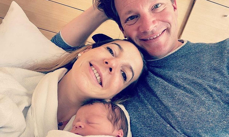 Tessy de Luxemburgo presenta a su bebé con este tierno 'selfie'
