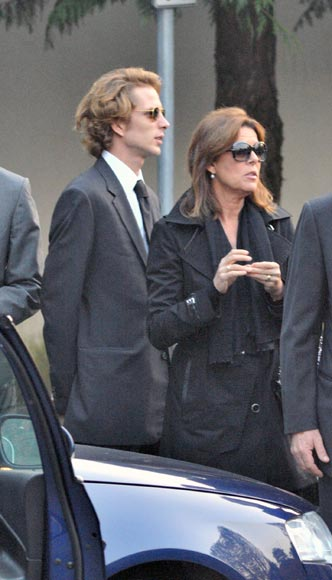 Carolina de Mónaco y sus hijos, en el funeral de una cuñada de Stefano Casiraghi