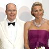 Charlene deslumbra en su primer Baile de la Cruz Roja como princesa de Mónaco