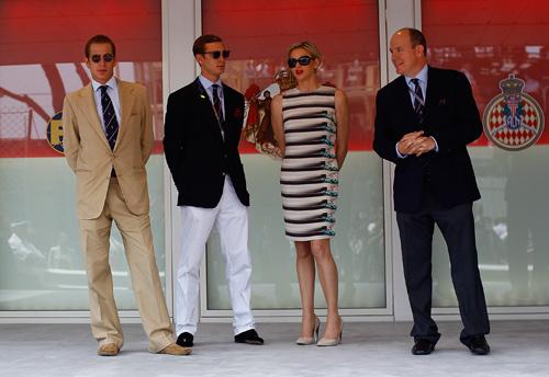 Andrea y Pierre Casiraghi, dos atractivos 'gentleman' en el Gran Premio de Fórmula 1 de Mónaco