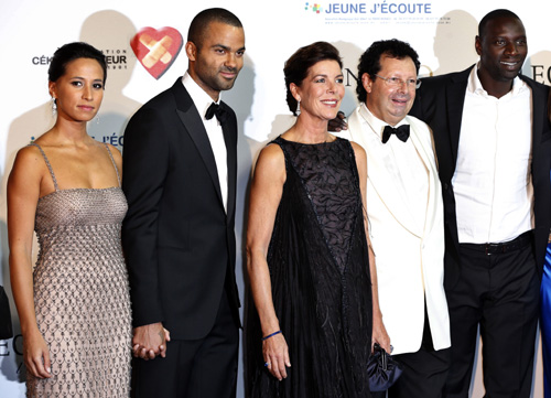 Carolina de Mónaco pone el corazón y la elegancia en una cena solidaria