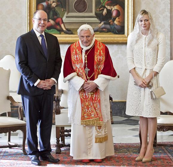 Charlene de Mónaco, una princesa de blanco en El Vaticano
