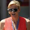 La versión más chic de Charlene 'toma el mando' en Mónaco