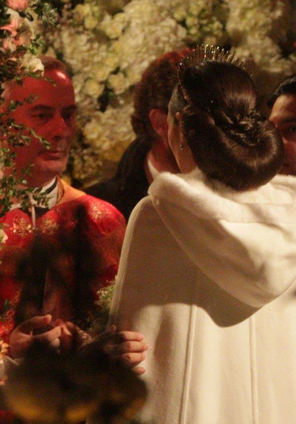 La boda blanca de Andrea Casiraghi y Tatiana Santo Domingo. Boda-novia--a