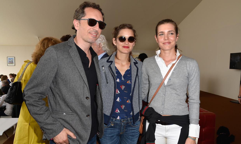 Carlota Casiraghi y Gad Elmaleh, amor y triunfos en París