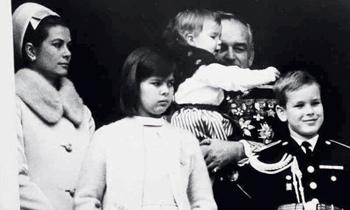 Alberto de Mónaco recuerda la niñez con sus padres, Raniero y Grace