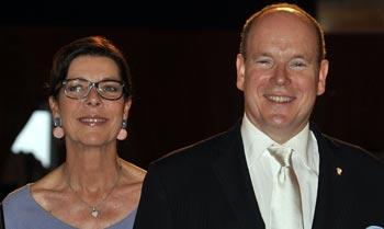 Alberto y Carolina de Mónaco, del Bautizo Real inmediatamente al trabajo