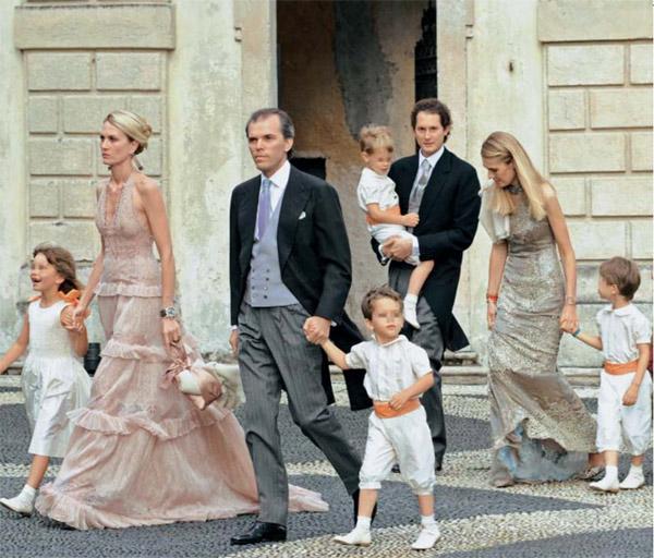 Pierre Casiraghi y Beatrice Borromeo: el cortejo nupcial más lindo
