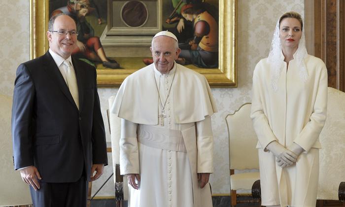 Resultado de imagen para Charlene de Monaco y el Papa