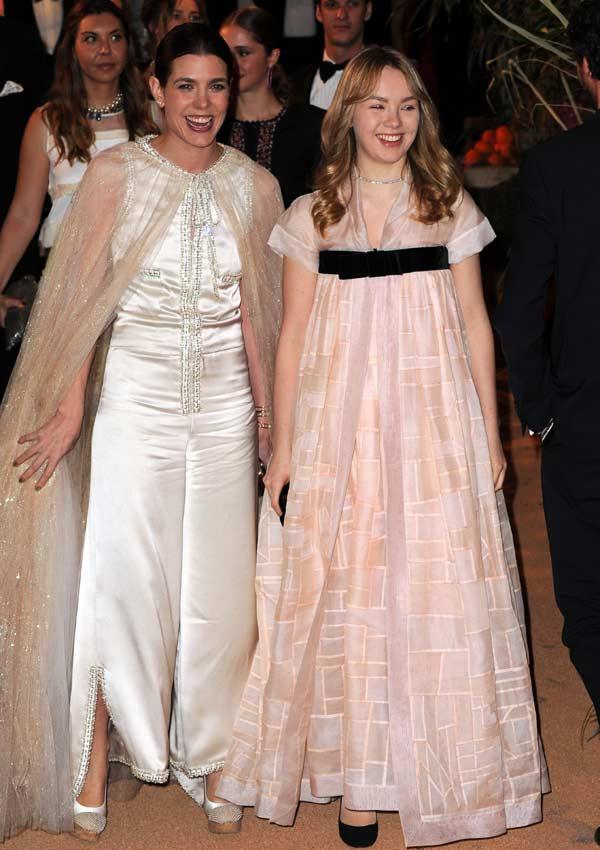 El debut de una princesa, un vestido de alfombra roja y una ausencia ...