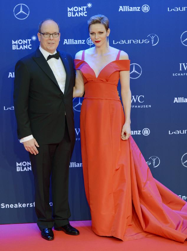 El divertido 'selfie' de Alberto y Charlene de Mónaco, una curiosa coincidencia... Así fueron los premios Laureus