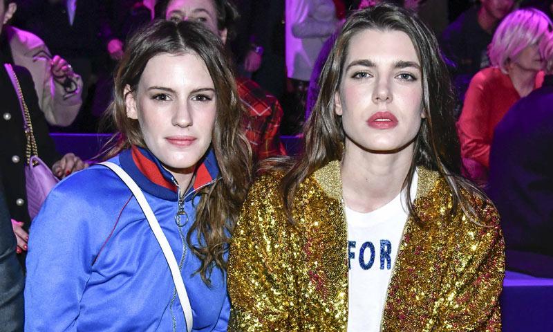 Carlota Casiraghi viste de oro la Semana de la Moda de Milán