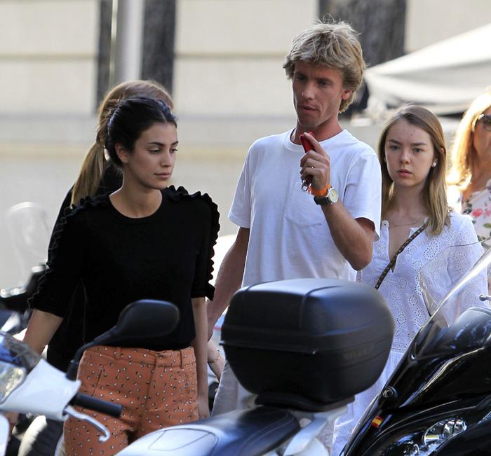 285b63721c7f Alejandra de Hannover visita a su hermano y Sassa de Osma días ...