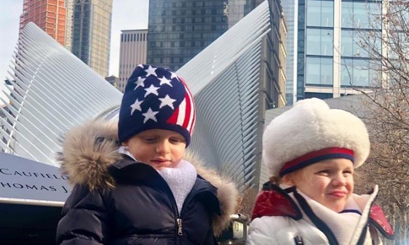 Jacques y Gabriella de Mónaco, como dos pequeños trotamundos, en su primer viaje a Nueva York